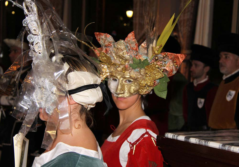 Montecarlo 2012 - maschere